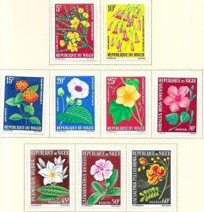 Niger #129-137  Flowersl  set complete  (MLH) CV$14.10