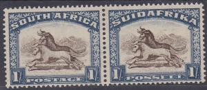 SOUTH AFRICA 1930 GNU 1/- PAIR ROTO PRINTING NO HYPHEN WMK UPRIGHT
