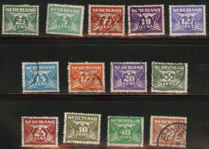Netherlands Scott 243A-Q used 1941 stamp set few toned