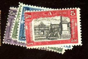 ITALY #B30-3 MINT FVF OG HR Cat $114