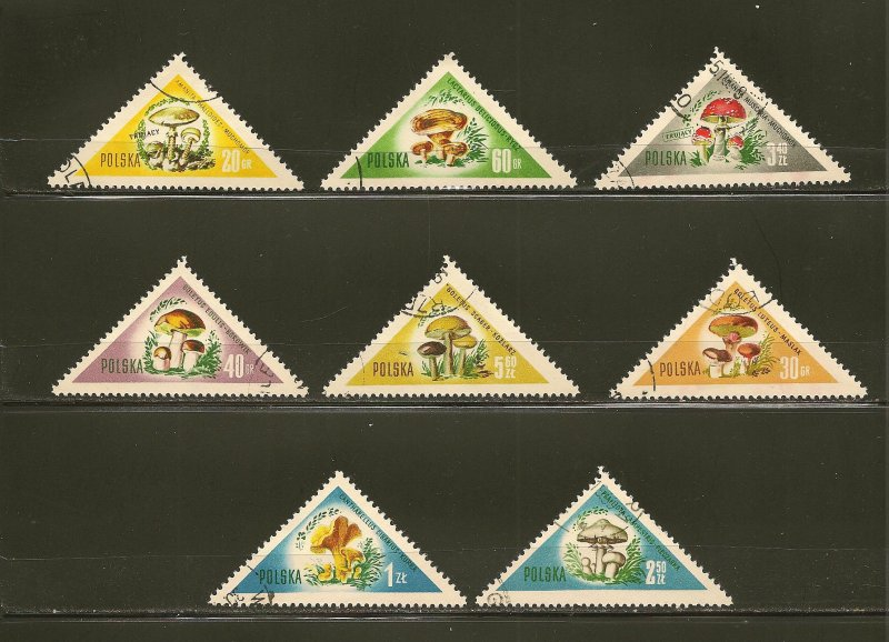 Poland 842-849 Mushrooms Triangle Stamps Used