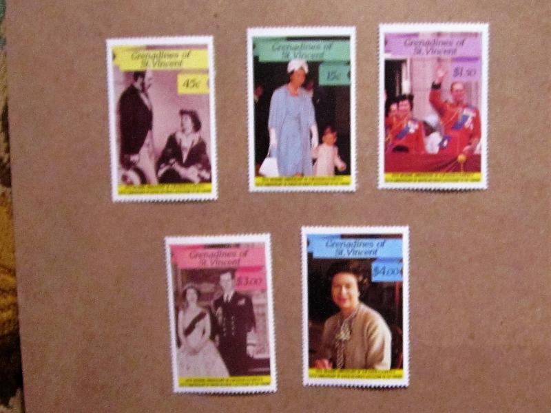 Grenadines of St. Vincent - 568-72, MNH Set. Queen Elizabeth. SCV - $1.70