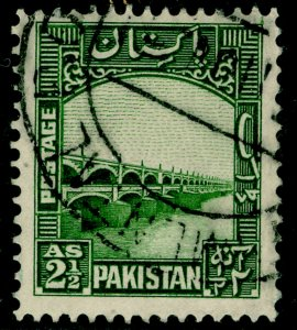 PAKISTAN SG30, 2½a green, FINE USED. Cat £11.