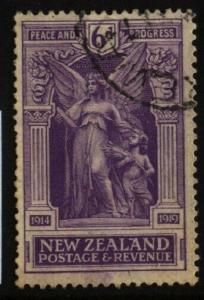 NEW ZEALAND 1920 Victory 6d fine used. ACS cat $50.........................70138
