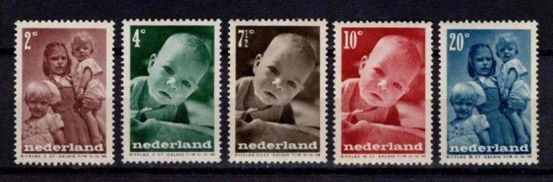 Netherlands 1947 Child Welfare Set
