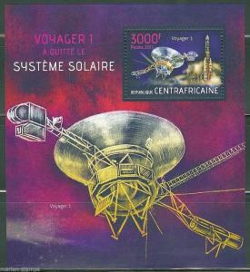 CENTRAL AFRICA  2013  VOYAGER 1 LEAVES THE SOLAR SYSTEM  SOUVENIR SHEET MINT NH