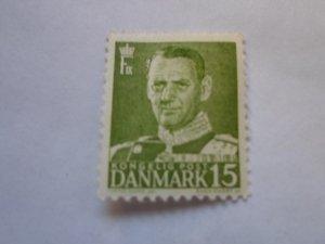 DENMARK STAMP. USED. NO HINGE, # 32