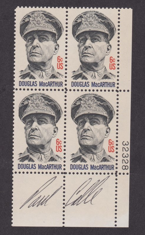 1424 Douglas MacArthur MNH Plate Block Signed by the Designer Paul Calle