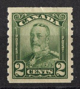 cd15 Canada Scott #161 2c green coil, mint OG hinged, CV = $40