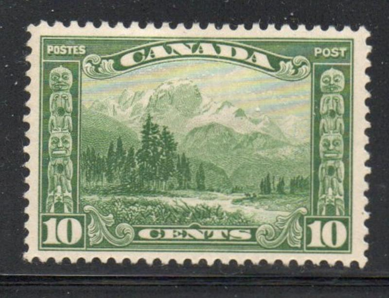 Canada Sc 155 1928 10c green Mt Hurd stamp mint