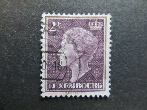 A4P27F117 Letzebuerg Luxembourg 1948-49 2fr used