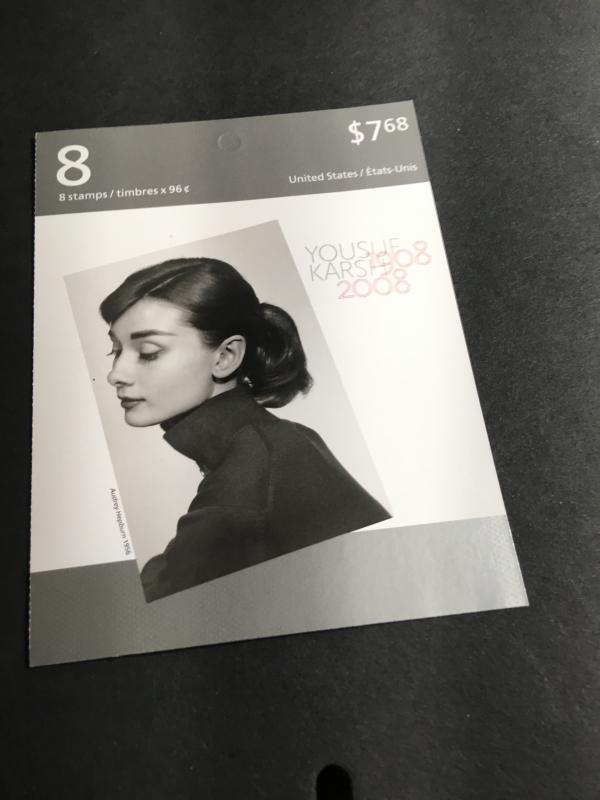 Canada USC BK377 Cat.$16. Famous Karsh Photo of Audrey Hepburn Booklet of Eight