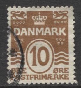 Denmark - Scott 95 - Definitive Issue -1930 - Used - Single 10o Stamp