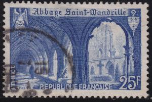 France 623 USED 1949 Cloister of St Wandrille Abbey 25Fr