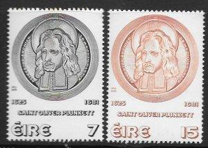 IRELAND SG382/3 1975 OLIVER PLUNKETT MNH