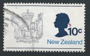 New Zealand #449 10c New Zealand Coat of Arms & Queen Elizabeth II