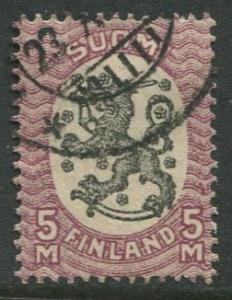 Finland - Scott 107 - Arms of Republic -1917- Used - Single 5m Stamp