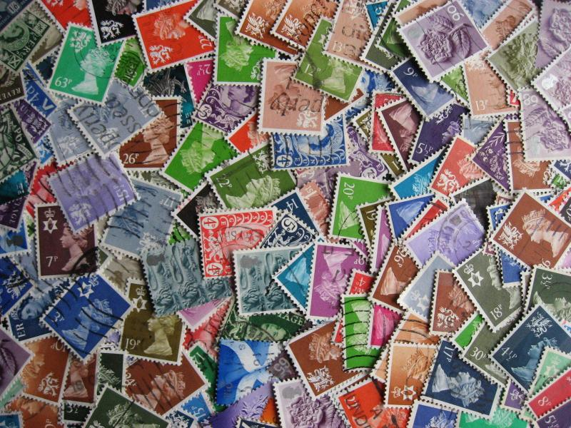 Great Britain 195 different used regional stamps!
