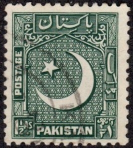 Pakistan 28 - Used - 1.5a Star / Crescent (1948)