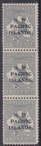 NWPI NEW GUINEA 1915 KANGAROO 2D ABC STRIP 2ND WMK