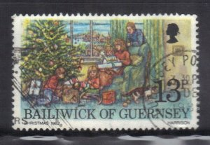 GUERNSEY  SC# 251 **USED** 13p  1982  CHRISTMAS  SEE SCAN