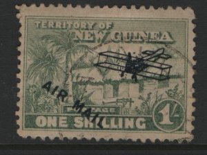 NEW GUINEA   C9  USED