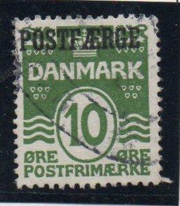 Denmark Sc Q1 1922 10 ore green wavy lines Postfaerge stamp used