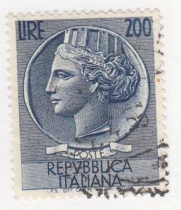 Italy, Scott # 998U (2), Used