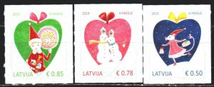 Latvia. 2019. 1090-92. Christmas, hearts. MNH.