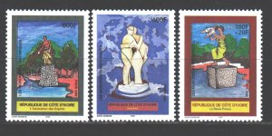 Ivory Coast. 2000. 1265-67. Sculptures monuments. MNH.