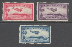 New Zealand Sc C6-C8 MLH. 1935 Biplane Landing, complete set, fresh