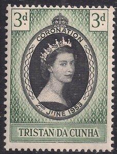 Tristan Da Cunha 1953 QE2  1/2d Coronation MM SG 13 ( H1024 )