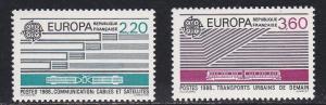 France # 2109-2110, Europa - Communications, NH, 1/2 Cat.