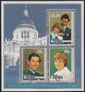 Niue 1981 MH Sc #342a Souvenir sheet of 3 Charles, Diana Royal Wedding