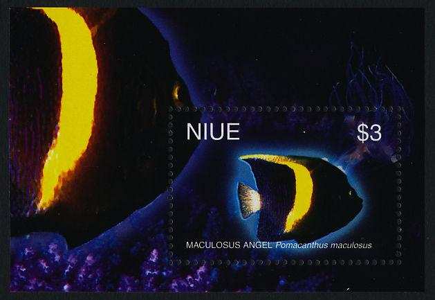 Niue 784,787 MNH Tropical Fish