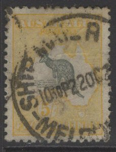 AUSTRALIA SG13 1913 5/= GREY & YELLOW USED
