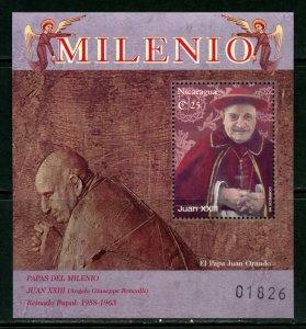 NICARAGUA  POPES OF THE MILLENNIUM  JOHN XXIII SOUVENIR SHEET MINT NH