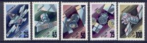 Russia 6138-42 MNH Communications Satellites