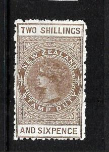 NEW ZEALAND  1882-27 2/6   QV  REVENUE  MLH   P11  SG F57