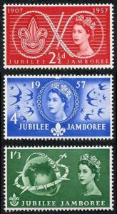 SG557/9 QEII 1957 Scouts Set of 3 U/M