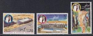 Abu Dhabi # 71-73, Abu Dhabi Airport, Hinged, 1/3 Cat.