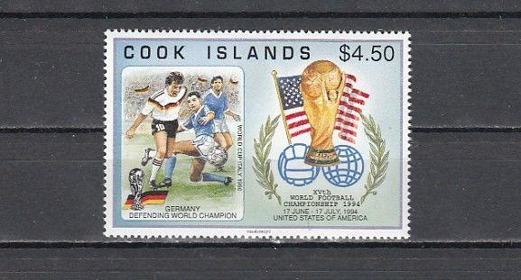 / Cook Is., Scott cat 1148. World Cup Soccer issue.