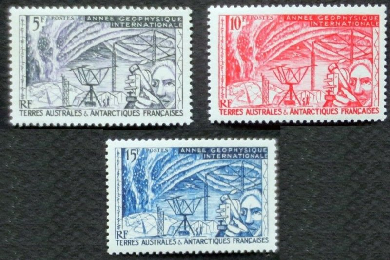 1957 French Antarctic Territory 10-12 Geophysical research 20,00 €