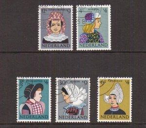 Netherlands B348-B352  cancelled 1960   Child welfare regional costumes