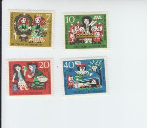 1961 Germany Hansel & Gretel (Scott B376-79) MH
