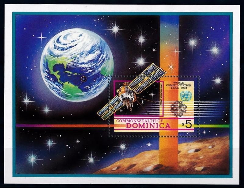 [66121] Dominica 1983 Space Travel Weltraum Satellite Souvenir Sheet MNH