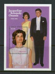 GRENADA  JACQUELINE KENNEDY SOUVENIR SHEET WITH JOHN F. KENNEDY   MINT NH