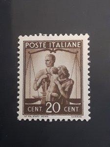 *Italy #464                   MNH