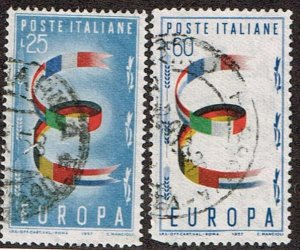 Italy # 726 - 727  Used