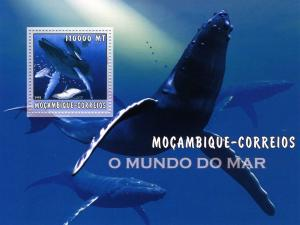 Mozambique 2002 Marine Life Shark s/s Perforated mnh.vf